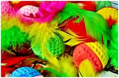 A 294 pieces jigsaw puzzle from Jigidi Rainbow Stuff, The Flash, Jigsaw Puzzles, Feather, Colours, Quill, Puzzle Games, Feathers, Puzzles