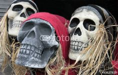 Scary pirate skeleton head decorations for Halloween.