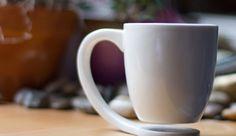Zwevend kopje koffie