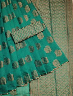 Items similar to Cotton silk saree with rich pallu n heavy butti / saree for women / designer saree / indian saree/ wedding saree / saree blouse/ saree on Etsy Silk Saree Kanchipuram, Raw Silk Saree, Chanderi Silk Saree, Indian Silk Sarees, Organza Saree, Silk Cotton Sarees, Cotton Silk, Lehenga Choli, Sari