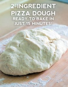 How To Make Easy Pizza At Home? Just see our video website and start making awesome pizza at home like the restaurant. it has pizza making the video tutorial. Pizza Dough Recipe Quick, No Yeast Pizza Dough, Quick Pizza, Self Rising Pizza Dough Recipe, Pizza Crust Without Yeast, Pizza Dough Bread Machine, No Rise Pizza Dough, Calzone Recipe, Pizza Recipes