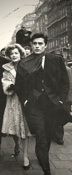 Boucle tweed and fur_ Alain Delon & Romy Schneider Romy Schneider, Hollywood Actor, Old Hollywood, Gilles Caron, Men Photography, French Actress, Handsome Actors, Jackie Kennedy, Poses