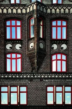 Window Smiley by Michel Bochet Merand im painting this on my office wall when im older ;)