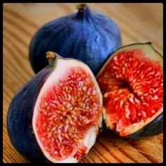 Mmm i can't wait until the figs on our trees are ripe! yum!