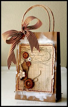 Vintage inspired gift bag using JustRite stamps and Copic Markers
