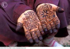 Moroccan Henna #TeaCollection @Nic Tharpa Cartier
