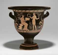 AN APULIAN RED-FIGURED BELL-KRATER -  ATTRIBUTED TO THE HAIFA PAINTER, CIRCA 340-330 B.C.