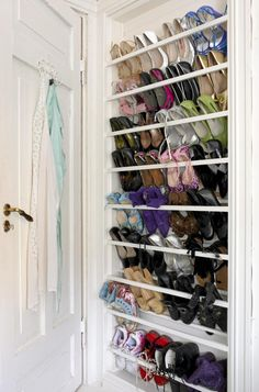 Shoe Rack Ideas - If you have a magnificent shoe collection in your house, a shoe organizer option is essential to keep them all under control. Closet Shoe Storage, Diy Shoe Rack, Shoe Closet, Closet Organization, Shoe Racks, Rack Design, Shoe Organizer, Closet Space, Home Design