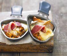 La raclette est un rendez-vous convivial pour tous les gourmands. Découvrez 10 idées pour la savourer avec délice.