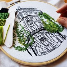 Architecture embroidery by Elin Petronella #hoopart #embroidery