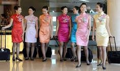 Sichuan Airlines Stewardesses in traditional Chinese Cheongsam style ~ Cabin Crew Photos Azul Brazilian Airlines, Sichuan Airlines, Hostess Outfits, Airline Uniforms, Cheongsam Dress, Cabin Crew, Flight Attendant, In Pantyhose, Asian Woman