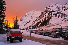 If you were lucky enough to be here for last night's sunset it was quite a show. #sunset #skialta #littlecottonwood #sk...