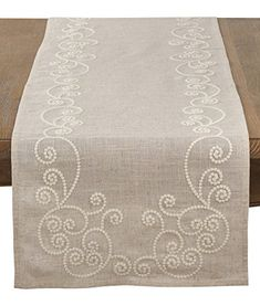 1 million+ Stunning Free Images to Use Anywhere Burlap Table Runners, Dining Table Runners, Hand Embroidery Patterns, Embroidery Art, Point Lace, Swirl Design, Bargello, Natural Linen, Table Linens