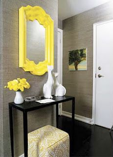 I'm thinking of doing a similar look with my old whicker mirror. The cats are cute and look great with the yellow, black and white color palette.