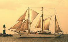 Sailing more than the Seven Seas : Photo