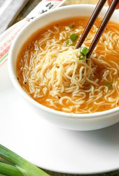 Sopa Ramen, Ramen Soup, Best Ramen Recipe, Top Ramen Recipes, Recipe For Soup, Noodle Recipes, Low Carb Noodles, Shirataki Noodles, Low Carb Chicken Noodle Soup