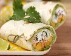 Wraps de fromage de chèvre frais, mangue et avocat http://www.cuisineaz.com/recettes/wraps-de-fromage-de-chevre-frais-mangue-et-avocat-68317.aspx