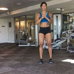 """22.7 mil Me gusta, 495 comentarios - MankoFit (@massy.arias) en Instagram: """"HAPPY FRIYAY, TAG YOUR BFF HERE IS AN AWESOME BODYWEIGHT ROUTINE FOR LEGS. GREAT FOR BEGGINERS AND…"""""""
