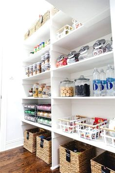 how to organize your pantry - pantry organization tips #KitchenStorage
