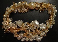 Freeform peyote bridal bracelet