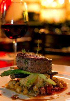 ¡Restaurantes pequeños en tamaño, pero grandes en sabor! Conócelos y ahorra, aquí: http://www.sal.pr/?p=91985