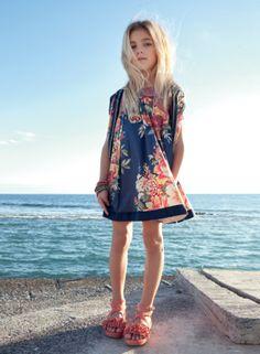 @Twin-Set Simona Barbieri Girl Spring Summer 2014, floral print dress #blue #twinset #twinsetgirl #SS14 #spring #summer #springsummer2014 #childrens #kids #childrenswear #kidswear #kidsfashion #girls