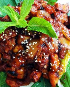 Low FODMAP Recipe - Gluten Free Recipe - Lemon & chili sesame pork   http://www.ibssano.com/low_fodmap_recipe_lemon_chilli_pork.html
