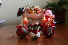 Vianočné dekorácie Table Decorations, Diy, Home Decor, Scrappy Quilts, Christmas Baubles, Tejido, White Christmas, Decoration Home, Bricolage