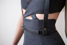 Great modern black dress. #fashion