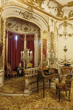 ♜ Shabby Castle Chic ♜ rich and gorgeous home decor - Princely apartment