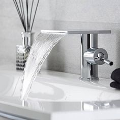 Hudson Reed Moderne Waschtischarmatur Wasserfall - Blade