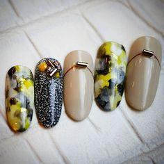 #nail #nailart #naildesign #gel #gelart #art #beautiful #vetro #nailswag #instanails #ネイル #ネイルアート #ネイルデザイン #ジェル #ジェルネイル #実はブラックイエローバージョンも作っていたりする