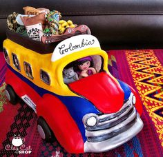 BUS Folk Art Colombian CHIVA Custom made Made to by ClayCat, $490.00 Colombian Culture, Colombian Art, Bus Art, Clay Cats, My Heritage, Polymer Clay Art, Anniversary Parties, American Art, Folk Art