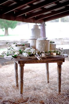 Jeweled wedding cake on a birch tree stand | Leslee Mitchell Photography @cedarwoodwed