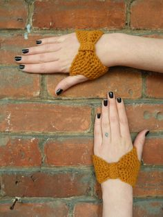 the cuff idea is a little different and perhaps meaningless, but I like her nails and the mustard yellow.