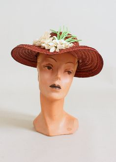 Early 1940s bronze straw garden party hat with white flowers