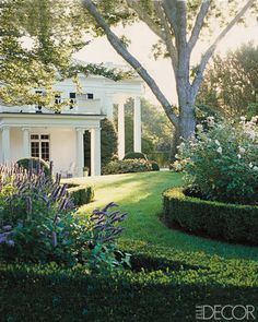 Aerin Lauder's East Hampton Country Home, via Elle Decor (July-August 2009 issue? Landscape design by Perry Guillot. Hamptons House, The Hamptons, Beautiful Gardens, Beautiful Homes, House Beautiful, Beautiful Buildings, Beautiful Family, Dream Garden, Home And Garden