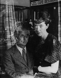 Max Ernst y Marie Berthe Aurenche por Josef Breitenbach en Paris, 1936.
