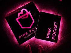 큐브 간판 외 3종 간판 [170만원 간판 제작 솔루션] 설치 사례 Logos, Pink, Design, Pink Hair, Design Comics, Logo