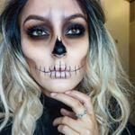 Fantasie-Make-up … - Halloween Make-up Halloween Inspo, Halloween Makeup Looks, Halloween Halloween, Halloween Images, Halloween Skull Makeup, Halloween Tutorial, Vintage Halloween, Vintage Witch, Sugar Skull Halloween