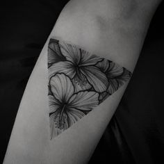 Hibisco Flower triangle tattoo