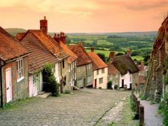 Gold Hill Cottages in England Wallpaper