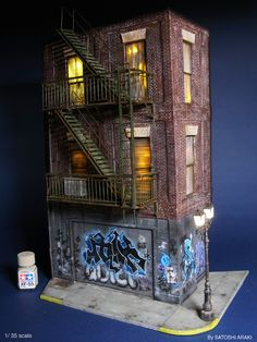 Gotham City Scale Model Diorama - Urban structures brought to life, do all… Wargaming Terrain, 40k Terrain, Game Terrain, Arte Robot, Tiny World, Model Train Layouts, Model Building, Building Facade, Miniture Things