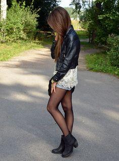 Love her style- mariannan.indiedays.com