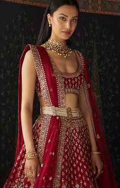 Jewelry online buy indian designer jewelry online anita dongre glam outfit ideas for indian bridesmaids for every ceremony awesonelifestylefashion Designer Bridal Lehenga, Indian Bridal Lehenga, Indian Bridal Outfits, Indian Bridal Fashion, Indian Bridal Wear, Indian Gowns, Indian Designer Outfits, Indian Attire, Wedding Lehnga