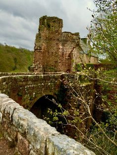 Rosslyn Castle, Midlothian, Scotland — by Audrey Freedman. Home to the Earls of Sinclair, this century castle is haunted by the Black Dog-- Rosslyn Chapel, Dragon Rider, Scottish Castles, Knights Templar, Scottish Highlands, Haunted Places, Forts, 14th Century, Monuments