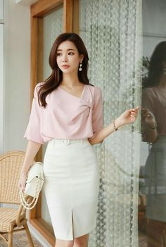 Ladylike Style - what is it? Semi Formal Outfits For Women, Office Outfits Women, Everyday Outfits, Everyday Fashion, Stylish Work Outfits, Classy Outfits, Casual Outfits, Outfits Dress, Fashion Dresses