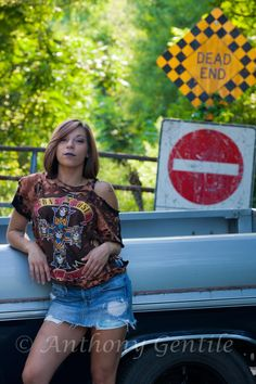 Shoot with Sam on a dead end road. Dead Ends, Portraits, Portrait Paintings, Portrait, Portrait Photography