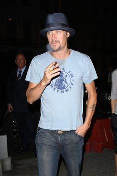 Yes, I think Kid Rock is hot