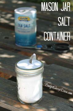 How to Make a Salt Dispenser from a Mason Jar #diy #masonjar #craft #budgetsavvydiva